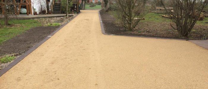 Wassergebundene Wegedecke in beige, Dirk Prothmann Garten- und Landschaftsbau, Hille
